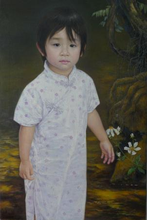 穿旗袍的小女孩
